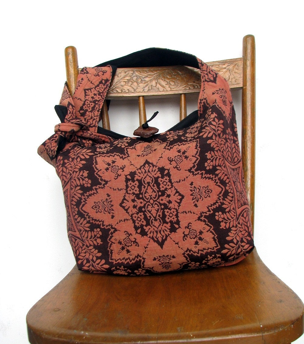 CROSS BODY BAG Hobo Purse Hippie Bag Crossbody by thehobotrain
