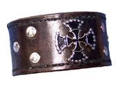 Item 071410 Leather Double Cross Wrist Cuff Bracelet Wristband