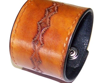 Item 022410 Cowboy Leather Wrist Cuff