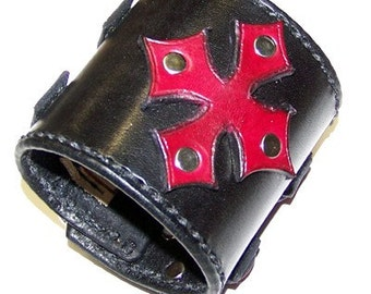 Item 030710 Leather Cross Wrist Cuff