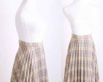 Plaid / 1970s Kilt / 70s Skirt / Vintage Skirt / Vintage Kilt  / Gray / Blue / Tartan / Plaid / Autumn / Fall Fashion / Fall Skirt 0552