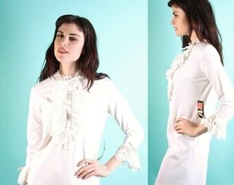 Wedding Dress / Vintage Wedding Dress / Dress / Short Wedding Dress / Deadstock / Mod / Sac /  Tuxedo / Vintage Lace / 0798