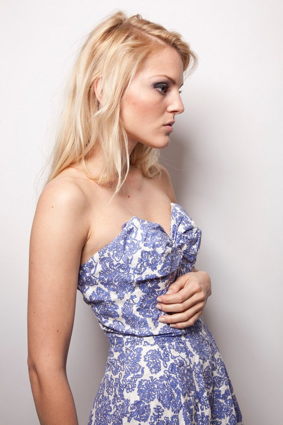 Vintage 50s cotton romper playsuit white and blue sweetheart strapless rouched madmen bombshell rockabilly  0315