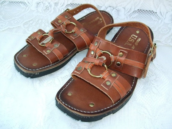 Vintage 1970s Sandals Leather  Tire Treads By Florida Shoe Label Size 7 Hippie Cool
