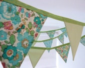 spring meadow bunting :small FREE SHIPPING