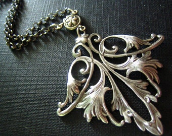 Antique Sterling silver plated sturdy brass art nouveau lily flower necklace,N304