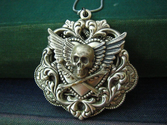 CLEARANCE SALE--Was 36 Now 28--Antique Sterling silver plated brass multi layers gothic skull bone wing necklace N79