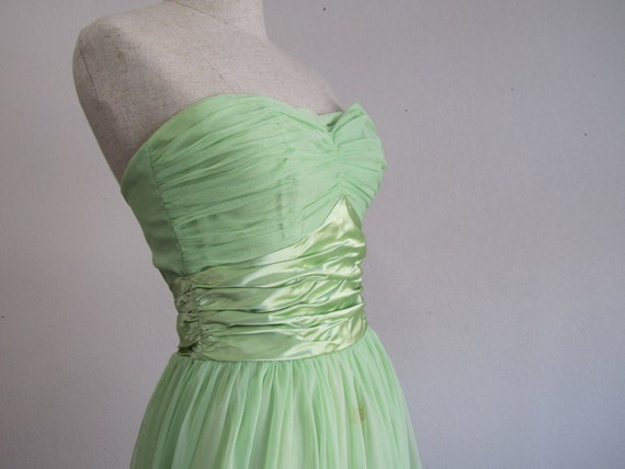1940s Party Dress - Strapless Wedding / Prom Dress in Pale Green Satin & Organza