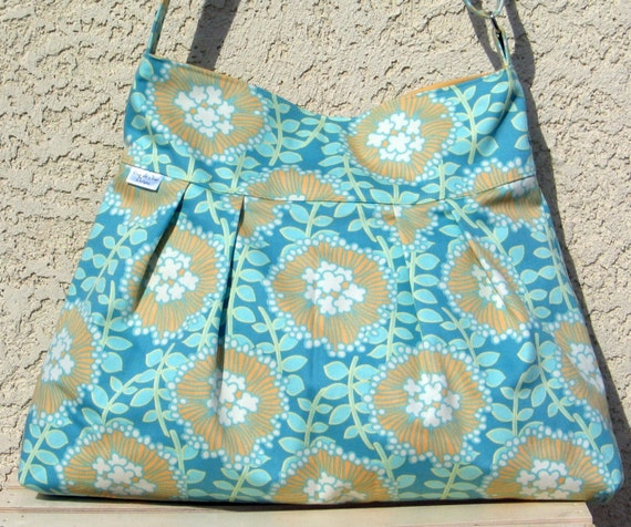 The Audrey Tote in Amy Butler Coreopsis