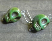 skull drop earrings, day of the dead beadwork earrings, stone skull earrings, green stone skull earrings, bohemian skull earrings