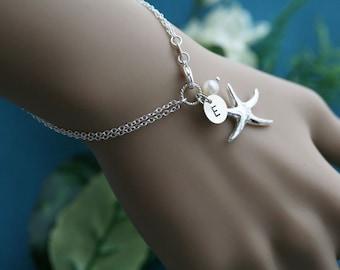 Starfish initial Pearl bracelet,Birthday gift,Bridal jewelry,beach wedding jewelry,starfish bracelet,ocean theme bracelet,best friend gift,