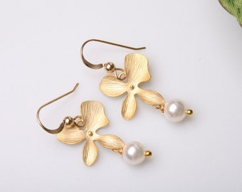 Orchid Flower and Pearl Earrings,Gold,Flower jewelry,Bridesmaid gifts,Wedding Jewelry,Birthday,Flower girl gift