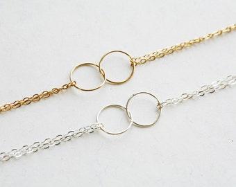 Best friends Bracelet,Karma Bracelet,Halo Bracelet,Simple Daily Jewelry,Wire wrapped pearl,Bridesmaid Gifts