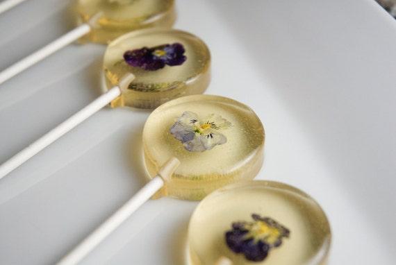 Voila Viola (Flower pops!)