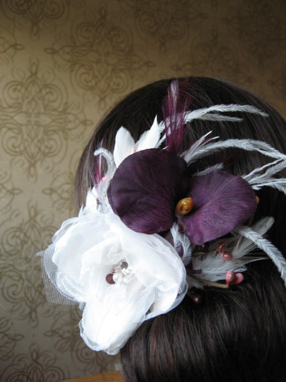 Hair pin white, light ivory, purple, violet, plum, crystal, rhinestone, feather, orchid, berry, feather