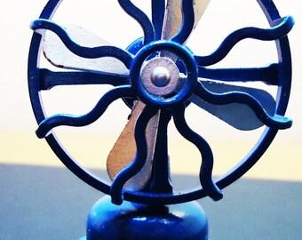 Toy Fan Sharpener.70s. Spanish