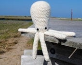 Woolie Octopus Hand Crocheted Plush - White