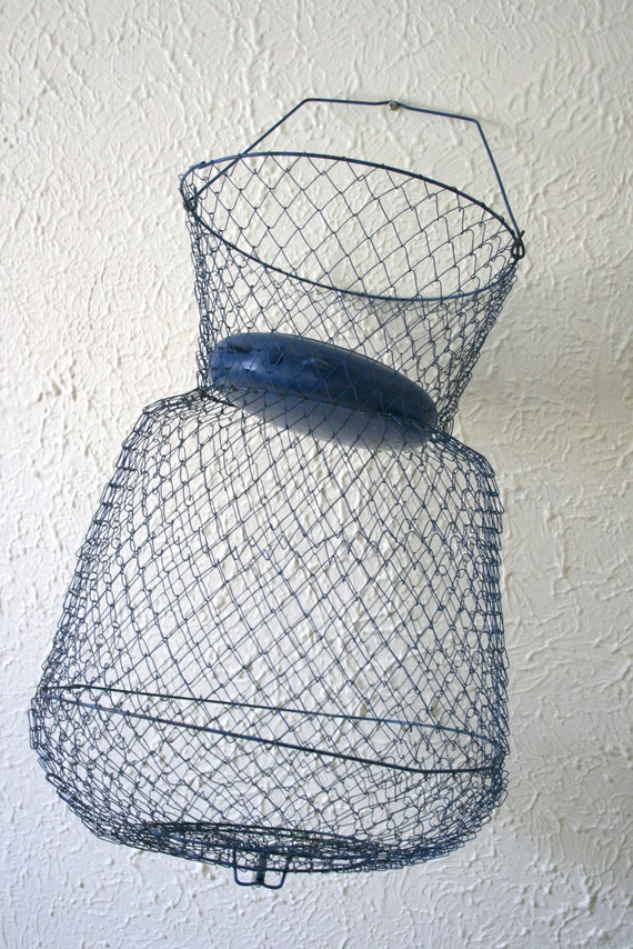 Nifty fishing basket trap collapsible blue wire mesh for Fish wire basket