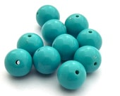 Vintage Lucite Opaque Turquoise Round Beads