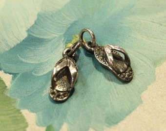 Vintage - A Pair of Sterling Silver Marcasite Slippers charms