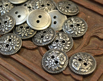 Lot of 8 pcs - Round Metal Buttons - Antique Silver Flower Pattern - two holes