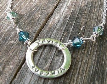 The Mother's Circle with birthstones - 11 font choices