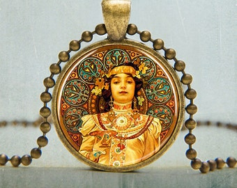 Art Pendant | Art Nouveau Lady Art Pendant | Art Nouveau Jewelry | Alphonse Mucha Art Pendant |3015