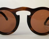 Vintage Late 1960s or Early 1970s Brown Round Sunglasses