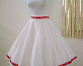 50s 60s Vintage White Circle Skirt with Metal Zipper Rockabilly Full Skirt Size Small to Medium
