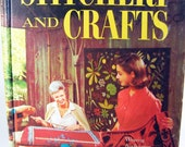 Better Homes and Gardens Stitchery and Crafts 1966