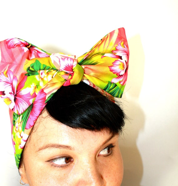 Vintage Inspired Head Scarf, Bright Hawaiian print, Rockabilly, Retro