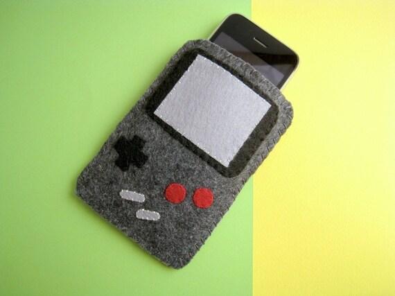 GREY Gameboy iPod, iPhone Felt Cover