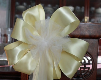 12  Wedding/Pew bows Soft Yellow Satin ribbon with a White Tulle center can be made in any color.