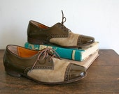 vintage girls oxford shoes - PATENT leather & SUEDE two-tone shoes / youth 1.5