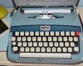 Vtg 60s Brother Opus 888 Portable Manual Typewriter/Case