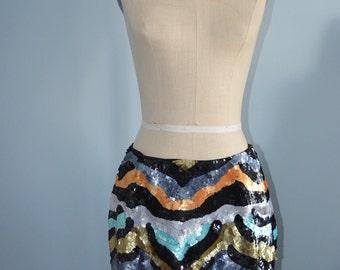 Vintage RUNWAY Wavy Colorful Sequined Runway Street Style Mini Midi Skirt