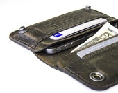 iPhone / iPod Touch - - RETROMODERN aged leather wallet - - MILITARY GREEN