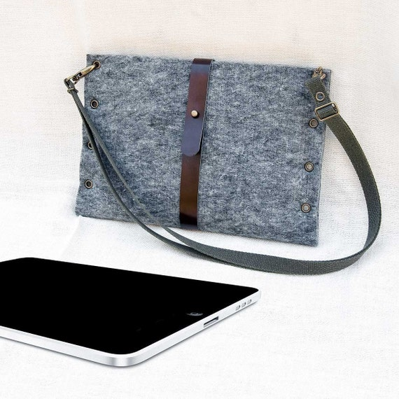 PORTEL for iPad with strap (landscape mode)