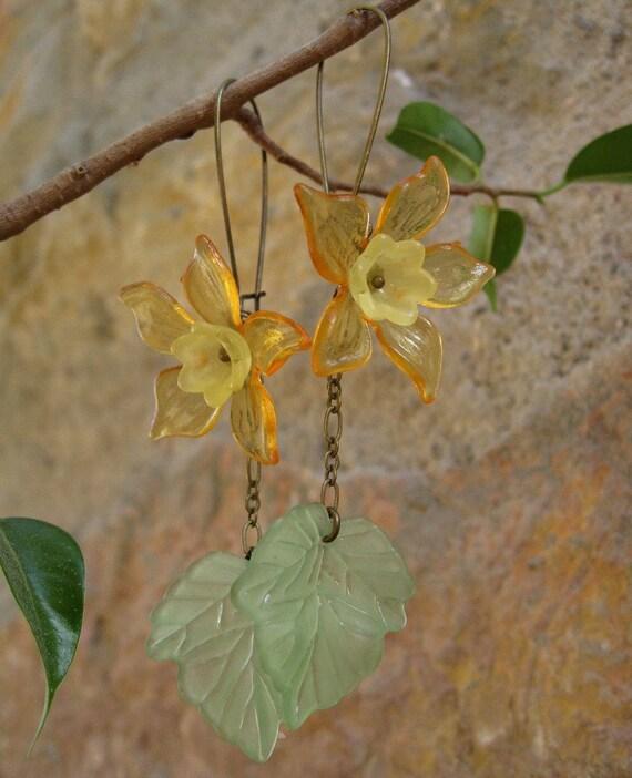 Daffodil  Earrings, orange flower dangle statement earrings in orange, yellow, and green