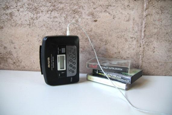 vintage 80s 90s AIWA am/fm CASSETTE tape portable WALKMAN