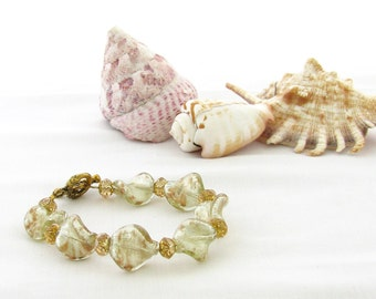Bracelet in Cream with Gold Crystals