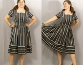 Vintage 1960s Dirndl Dress / Forest Green with White Lace Stripes and Red Alpine Flowers / XL
