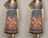 Sale / 60s Maxi Dress Gray Leaf with Floral Pattern and Silver Belt L XL / Clearance / Going out of business