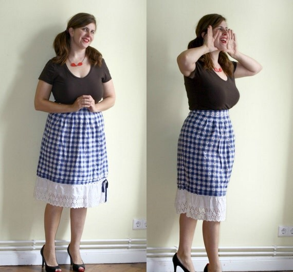 Checked Dirndl Skirt Blue and White with Hearts and Eyelet Lace L XL