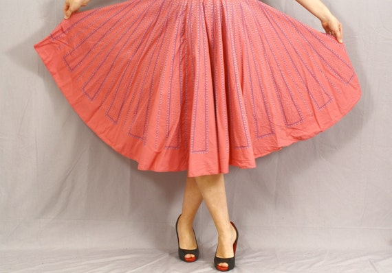 Vintage Circle Skirt / German Folk Skirt / Rosy Pink and Sky Blue / M L