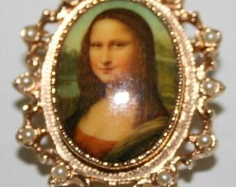 Vintage Sarah Coventry Mona Lisa Lady  Pin Pendant
