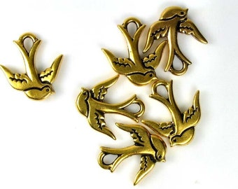 6 Gold Tierracast Swallow Charms