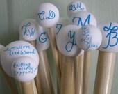 custom monogrammed knitting needles. calligraphy style. US sizes 6-17.