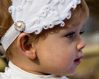 White feather headband, White Vintage Feathers on Black or white Elastic Headband, baby headband, newborn photography props