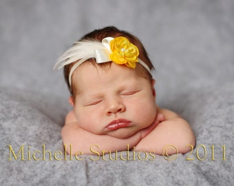 Skinny Elastic Headband with Yellow Tiny Petite Flower and Ivory Feathers. Newborns Infants Toddlers Little Girls Adults PHOTOGRPAHY PROPS